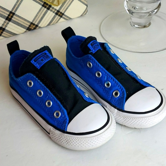royal blue chuck taylors for toddlers